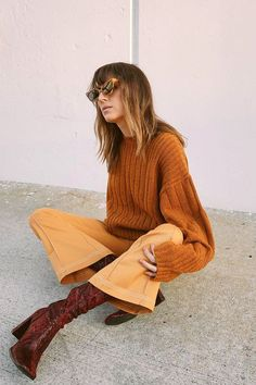 I'm such a fan of tonal dressing right now (okay, always). I find it to be the styling trick that makes any outfit suddenly appear much more elevated.
