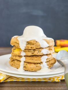 Peach Cobbler Pancakes