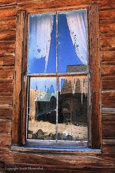 beautiful pictures of virginia city ghost town