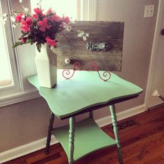 Annie Sloan painted table. I used Antibes Green and Provence mixed.