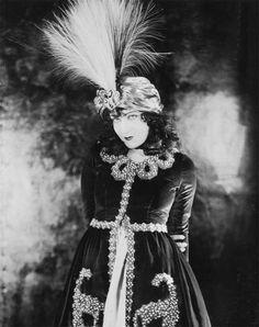 "Gloria Swanson, in ""Bluebeard's Eighth Wife"" (1923)"