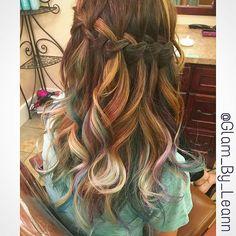 #glambyleann #mechanicsburg #centralpa #pa #harrisburg #hershey #hairstylist #mermaidhair  #hairdresser #hair #balayage #ombre #hairpainting #balayageombre #hair #paintedhair #trend #fashion #hairstyle#haircolor