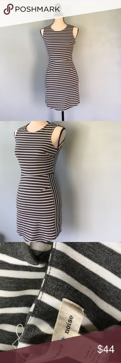 UO Grey + White Stripes Dress Grey & white stripes dress from Urban Outfitters by Silence + Noise. Size small but could fit an extra small in my opinion. Worn once and cleaned. No flaws. Side zipper. 🚫 trades❗️ Urban Outfitters Dresses