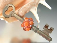 KILLERBEEDZ1  Peach Marmalade   Skeleton Key With by killerbeedz1, $30.00