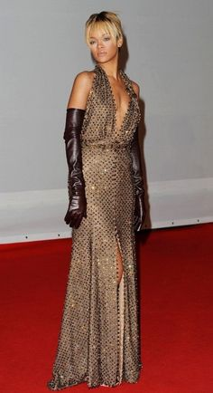 Givenchy Couture at the 2012 Brit Awards - Style Crush: Rihanna on the Red Carpet - Photos