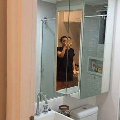 """532 curtidas, 59 comentários - Apto 161 (@apto161) no Instagram: """"Oi gente linda!!! Contei sobre o armário do meu banheiro na casa dos meus pais (esse do vídeo) no…"""""""