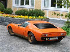 1969 Lamborghini Miura - Car de jour.