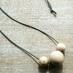naszyjnik drewniane kule - dziecinnie-proste - Naszyjniki długie