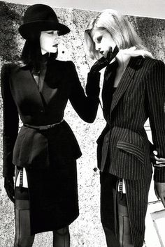 Thierry Mugler by Helmut Newton. Top Fashion Photographers of All Times #1 Helmut Newton - Visit Post http://femalerevolutionmood.com/top-fashion-photographers-1-helmut-newton/