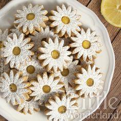 Galletas rellenas of Lemon Curd Biscuit Cookies, Sandwich Cookies, Cupcake Cookies, Linzer Cookies, Cupcakes, Baking Recipes, Cookie Recipes, Dessert Recipes, Lemond Curd