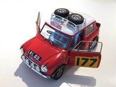 Morris Mini Cooper 1275 'S' Winner of 1967 Monte Carlo by TAMIYA 1/24