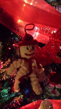 Omino di neve all'uncinetto. Crochet snowman