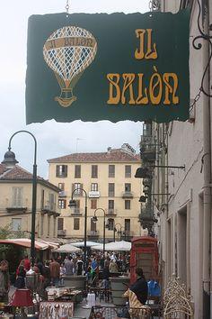 Borgo Dora district, Turin. 'Balòn' market in Piazza della Repubblica, near Porta Palazzo