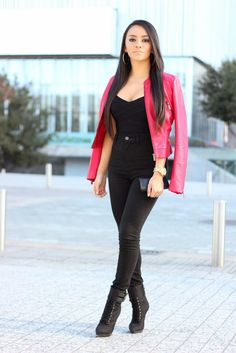Maytedoll: Black and Red