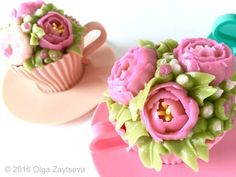 How to make Buttercream Flower Cupcakes - CakesDecor