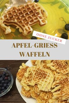 Waffles for the baby- Waffeln für das Baby Apple semolina waffles without sugar for babies, children and adults: www. Food Cakes, Baby Food Recipes, Cake Recipes, Food Baby, Waffles, Baby Apple, Baby Snacks, Homemade Baby, Banana Split