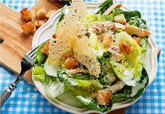 Sund salat med en dressing, der smager af flere timers arbejde i køkkenet - men kun tager en halv time