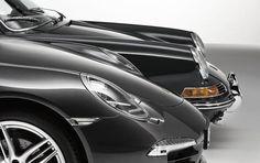 2014-Porsche-911-Carrera-4S-and-196-911-2.0-09.jpg