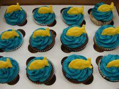 Gold fish cupcakes.