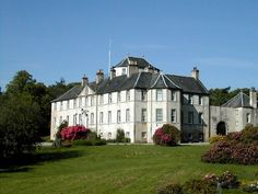 Foulis Castle, the ancestral home of the Munro Clan Chiefs for over 700 years. - Kiltearn, about 1.5 miles southwest of the village of Evanton in the Highland area of northern Scotland