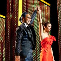 Stanley Tucci and Jennifer Lawrence in The Hunger Games, 2012 Hunger Games Quiz, Hunger Games Movies, Hunger Games Catching Fire, Hunger Games Trilogy, Suzanne Collins, Stanley Tucci, Jennifer Lawrence, We Heart It, The Hunger Games
