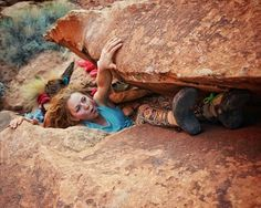 From @matt_likes_climbing | While we were out on a @wileyx photoshoot a little ways outside Moab, @tradprincess and I walked past a couple nice looking boulders with wide cracks. We both made mental note of the area, and soon after I came back with a couple pads and some cleaning supplies, along with invert bouldering masters @cheyeah and @ashleyreva.  We had been playing the RV game in Moab for a few days, so the RV boulders were born. This is @tradprincess going for the topout move o..
