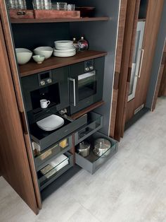 Wooden kitchen with peninsula RUSTIC CHARME | Kitchen with peninsula - @pedinicucine