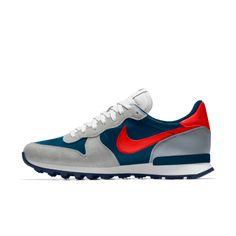 Nike Internationalist iD Herrenschuh Nike Red Sneakers, Nike Tennis Shoes, Sneakers Fashion, Fashion Shoes, Shoes Sneakers, Boy Fashion, Mens Fashion, Casual Shoes, Men Casual