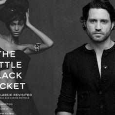 Edgar Ramírez en la exposición de Chanel en NY