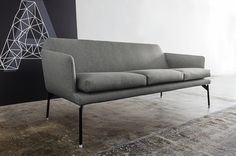 The 770 Level sofa is available in two variants: two-seat or three seat sofa. It can be matched with an armchair, a high-back armchair, the dining-room chair having the same technical characteristics as the sofa and also a coffee table with Carrara White, Calacatta Gold or Nero Marquina marble tops. Black painted steel or chrome-plated feet and with wooden or chrome-plated tips. design: gianluigi landoni