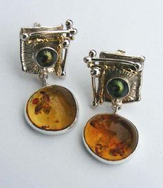 Gregory Pyra Piro | handmade earrings in sterling silver and 14 karat gold with amber and pearls | https://www.facebook.com/197137330410033/photos/a.197146867075746.1073741830.197137330410033/197147490409017/?type=3