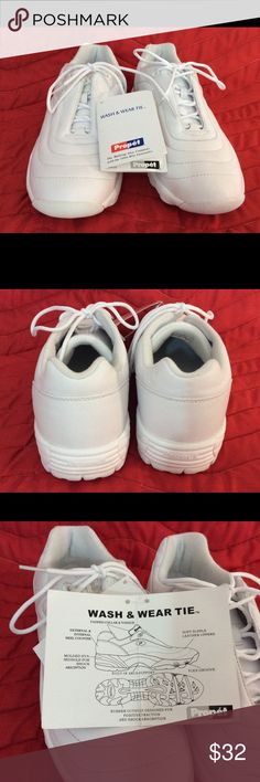 Propet shock absorber Walking Shoes Women's Propet white, wash and wear tie walking shoes.  Rubber soles are designed for positive traction and shock absorption. Size 9 1/2 wide. Propet Shoes Athletic Shoes