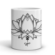 Bring a positive vibe to working with your dog with this 2016 season's Ladies Paw Lotus graphic (drawn by Cris herself!) The lotus flower grows from the bottom of streams and muddy ponds to rise above