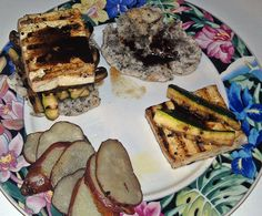Homemade #glutenfree buns with grilled tofu, zucchini, & portabella mushrooms drizzled in my mustard balsamic reduction and healthy organic baked oven fries. #vegan