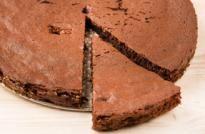 Bizcocho de chocolate ligero Cami, Pie, Desserts, Food, Necklaces, Chocolate Sponge Cake, Breakfast, Cooking Recipes, Pastries