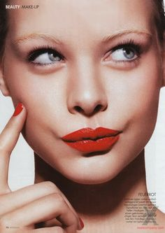 Matching red lips & nails