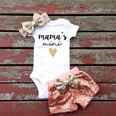 Mama's Mini Baby Girl Bodysuit Mommy Mothers by GLITTERandGLAMshop