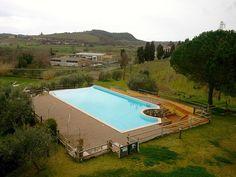 Piscina @Jenny Tenuta La Lupa by francescaturchi, via Flickrhttp://www.travelstales.it/2013/03/24/relax-buona-cucina-tenuta-la-lupa-costa-degli-etruschi/