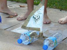 Bateau en récup à faire avec les enfants et à jeter dans la piscine pour faire la course !
