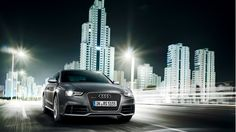 A sight that sports car fans cannot get enough of. The front end is clearly recognisable as an Audi RS model thanks to the matt aluminium-look  Audi Singleframe. The radiator grille in diamond design has a metallic polished surface in anthracite. Source: Audi AG