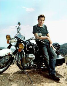 McGregor, la mia passione per le moto - bike photo op Moto Guzzi, Guzzi Bobber, Guzzi V7, Scrambler, Studio Portrait Photography, Motorcycle Photography, Guy Photography, Sidecar, Motorcycle Photo Shoot