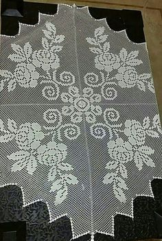 Large White Square Vintage Filet Crochet Lace Doily or Small Table Runner. Lace Doilies, Crochet Doilies, Crochet Lace, Crochet Crafts, Crochet Projects, Cupcake Liner Flowers, White Eyeliner, Cross Stitch Kitchen, Dear Mom