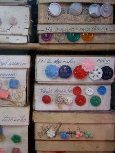 Le scatole coi bottoni....il mio sogno di bambina!