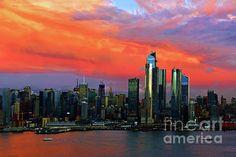 #NewYorkSundown #NYSkylineSundown #ManhattanSundown #CitySkylineSundown #SundownBeautyNYC Ny Skyline, Manhattan Skyline, Colorful Clouds, One World Trade Center, Number Two, Sky High, Empire State Building, First World, Skyscraper