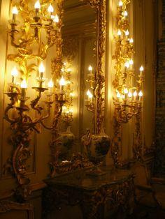 A mirror in the Palace in Tsarskoye Selo.
