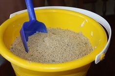 Sand Pudding: Looks SO real but also SO yummy when you read what's in it (cream cheese, pudding, Oreos, Vanilla Wafers & more yummy stuff!) Great kid party treat or for a BBQ.