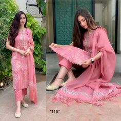 ☝😍 Heavy designer ☝ In Only 1800 INR ✔️FBRIC : Russian crep digital print ✔️For Inquiry or Order◆: Clickthe Scrnshot and whatsap iT Quality Gauranteed . Designer Scarves, Designer Dresses, Simple Dresses, Casual Dresses, Suit Fashion, Fashion Outfits, Girl Fashion, Simple Dress Pattern, Punjabi Bride