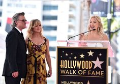 Goldie Hawn and Kurt Russell Share a Kiss While Getting Dual Stars on Hollywood Walk of Fame [Video] Bill Hudson, Oliver Hudson, Kate Hudson, Hollywood Couples, Hollywood Walk Of Fame, In Hollywood, Goldie Hawn Kurt Russell, Never Getting Married, Biological Father