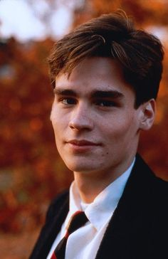 Robert Sean Leonard - then. As a young Deryn I can really see it. Gawd he's such a cutie