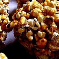 How to Make Old Fashioned Molasses Popcorn Balls